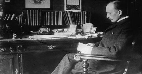 Max Planck in Successive Development of Modern Science