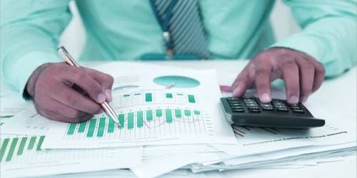 What role should Financial Manager play in modern enterprise?