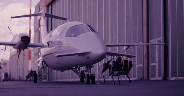 The incredible Robodog can pull a 3 ton aircraft for more than 10 meters