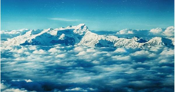 "Brown carbon ""Tarballs"" detect Himalayan air can increase glacial melting speed"