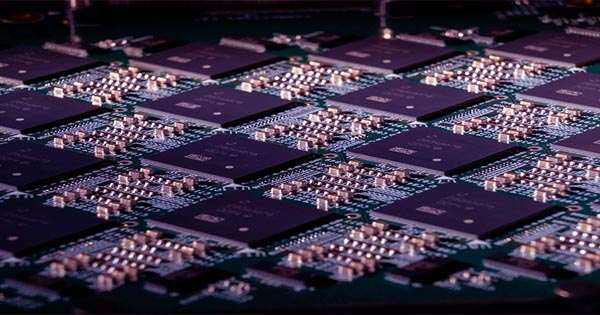 """Lots of Computer Chip Could Process Simulations """"Faster Than Real-Time"""""""