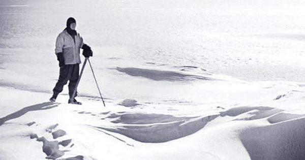 Polar Explorer's Final Hours Revealed After Researchers Notice Black Spot in His Diary