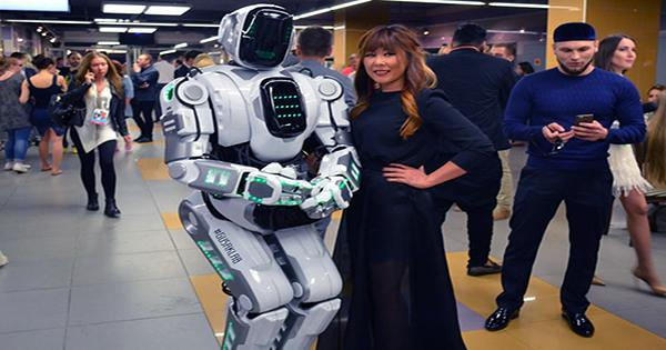 Russia's High-Tech AI Robot Turns out to Be Human in Robot Costume