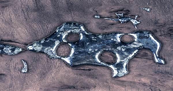 "The Scientists Give Terminator-Like Liquid Metal a ""Heartbeat"""