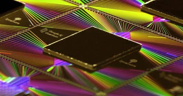 An Imperative milestone in the creation of light-emitting quantum computer