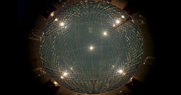 Borexino experiment to measure low-energy solar neutrinos