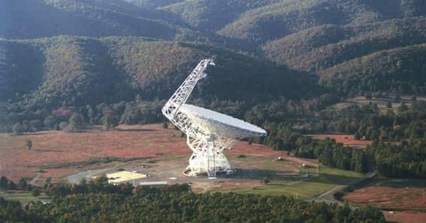Researchers looking for dark matter near neutron stars