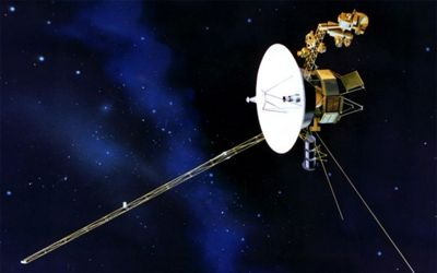 Voyager spacecraft detect new type bursts of cosmic ray electrons 1