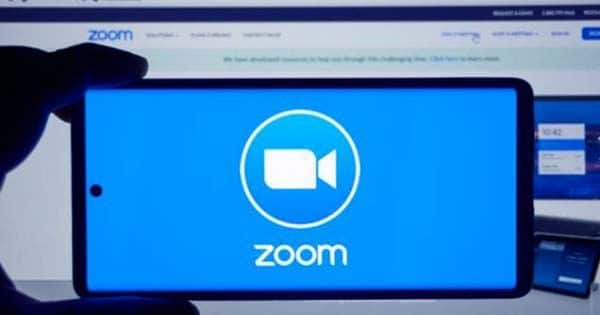Were-talking-startup-sales-with-Zoom-CRO-Ryan-Azus-at-TechCrunch-Early-Stage-1