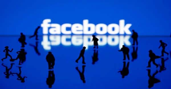 Daily Crunch: Facebook shows off a wrist-based interface