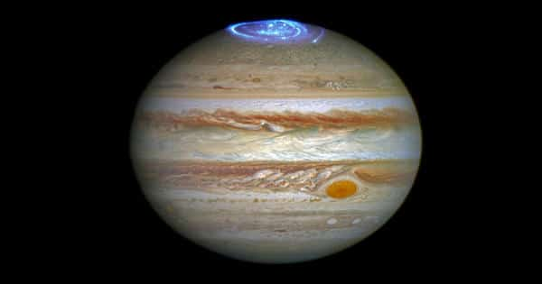 Astronomers detected new faint aurora features on Jupiter