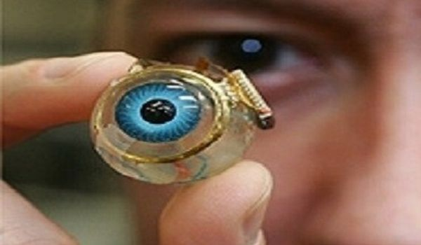 Doctors-built-a-Bionic-Eye-that-can-Restore-Vision-to-the-Blind-through-a-Brain-Implant-1