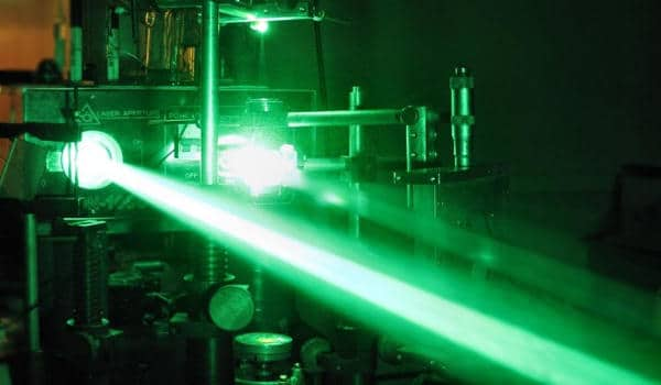 Silicon-could-be-a-Powerful-Materials-for-Photonic-Informational-Manipulation-1
