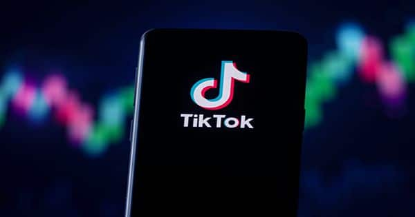 Snack, a 'Tinder Meets TikTok' Dating App, Opens to Gen Z Investors
