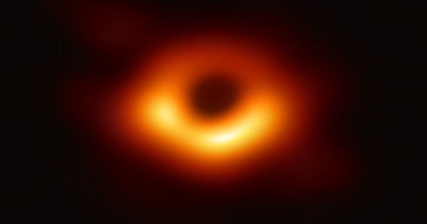Astronomers develop Computer Simulations to help future observatories on Black Holes