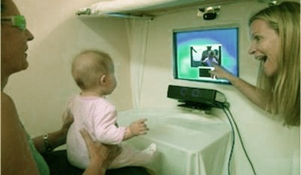 Eye-tracking-Technology-Offers-Sign-language-Learning-in-Pre-verbal-Infants-1