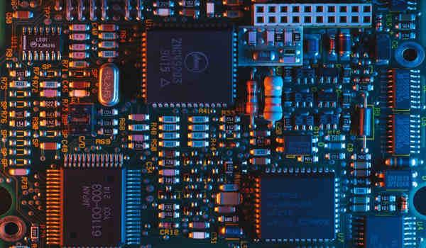 A-Miniaturized-Quantum-Computer-can-Solve-Real-Logistics-Problem-1