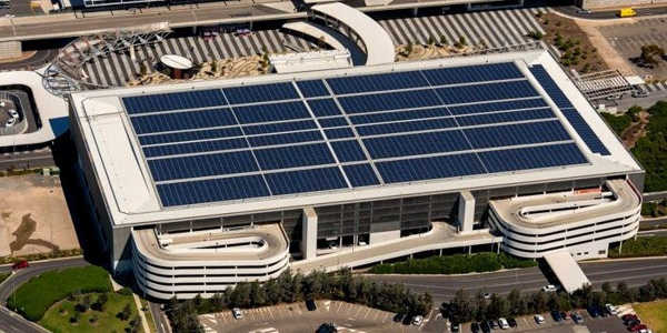 Airports-Could-Produce-Enough-Electricity-to-Power-1