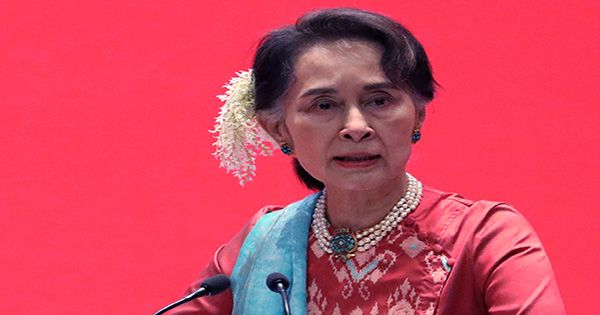 Myanmar to Release 2,000 Prisoners and Drop Charges Against Actors