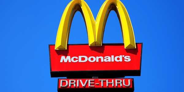 McDonalds-Follow-SIRI-Like-AI-for-Driving-Human-Workers-1