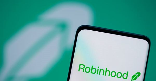 Robinhood Targets IPO Valuation Up to $35B Amid Warning that Crypto Incomes are Slipping