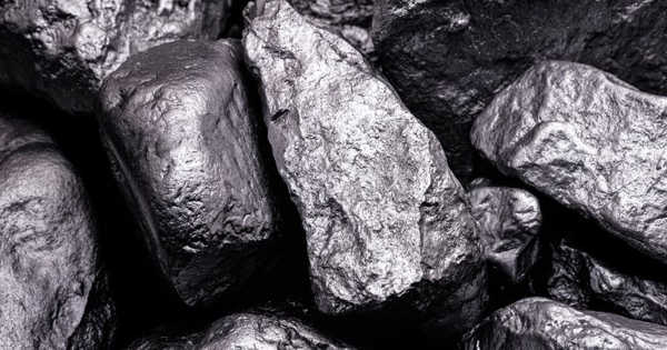 Solar Energy Conversion using Manganese could be more Sustainable