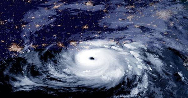 Hurricane Ida: Mississippi River Reverses Flow, Fossil Fuel Production Halted, and Blackouts
