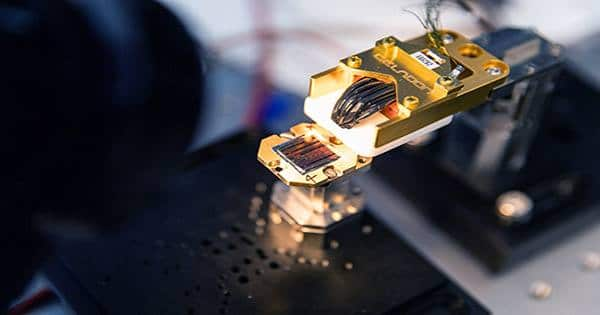 Researchers Create Scalable Quantum Chip that Works at Room Temperature