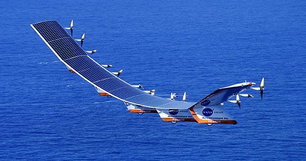 This Solar-Powered Aircraft Could One Day Fly for 90 Days Straight Without a Pilot