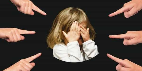 Sibling-Bullying-in-Early-Adolescence-linked-to-Mental-Health-outcomes-in-Future-1